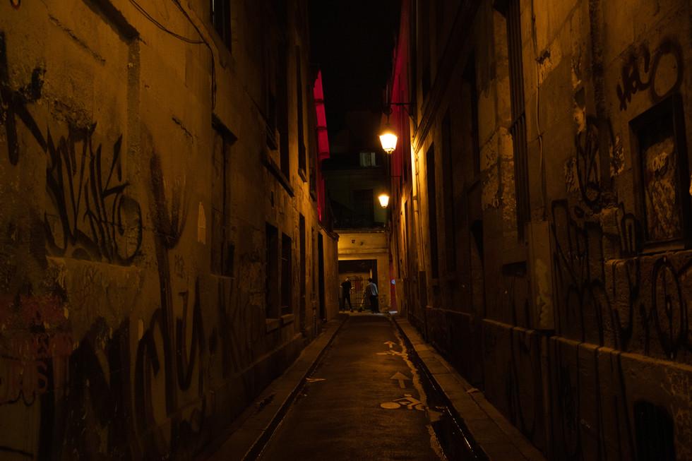 Marais at night
