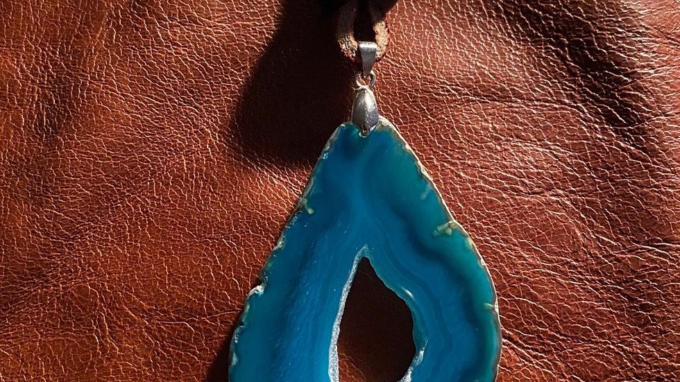 Blue Eyed Agate Stone LeatherNecklace