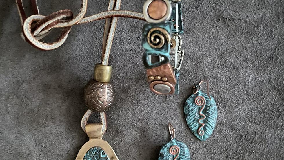 Turquoise Blue Patina Necklace Set