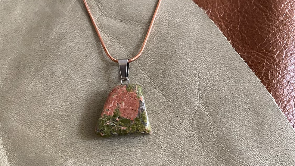 Timeless Green Stone Leather Necklace