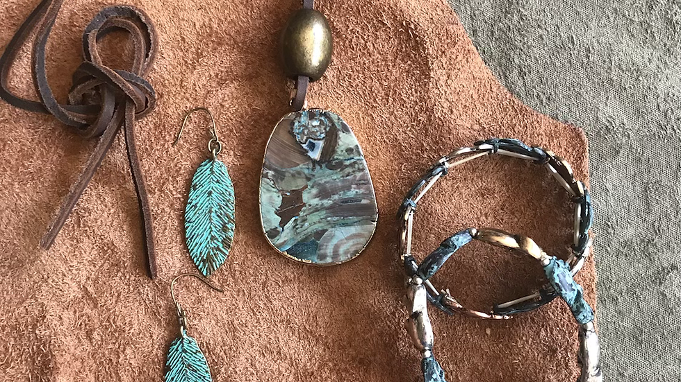 Multi-Colored Green Agate Stone and Turquoise Set