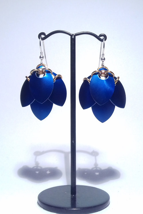 Peacock Blue Scalemaille Earrings