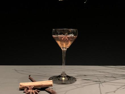 SNOW TEA -                                                      Signature Christmas Cocktail 2020