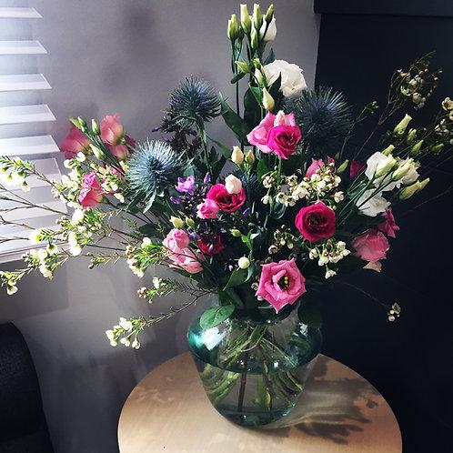 £65 Vase display