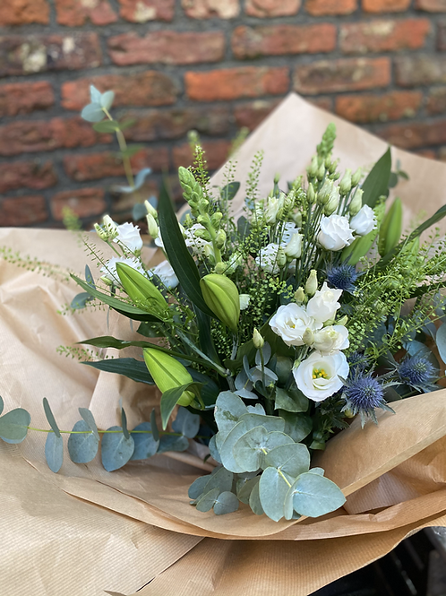 £80 Lily, Thistle and Lisianthus