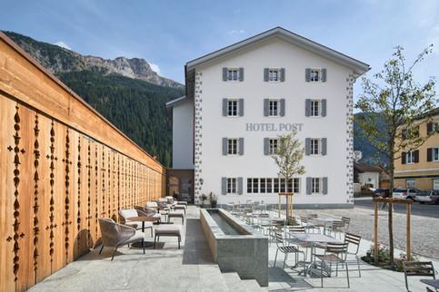 hotel-post-001.jpg