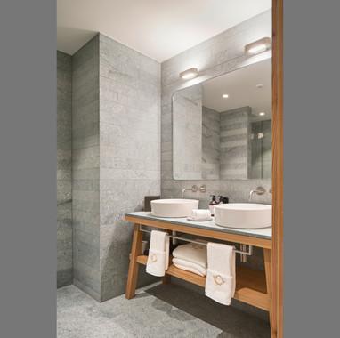 hotel-post-040-suite end.jpg