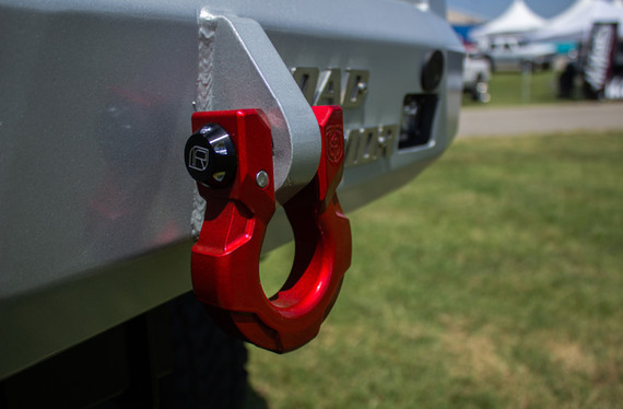 Road Armor Shackle & Infinite Rule Locking Pin
