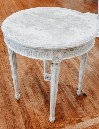 Laudere Hall Table