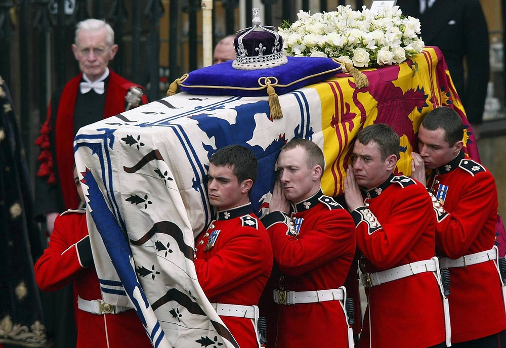 The crown made its last public appearance in 2002, resting atop of the coffin of the Queen Mother for her funeral.