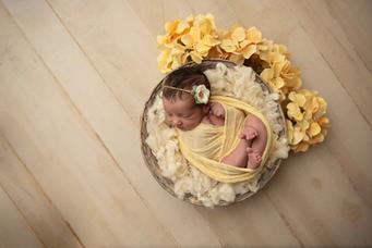 Xiomara Newborn-40.png