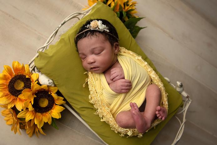 Campbell Newborn-51.png