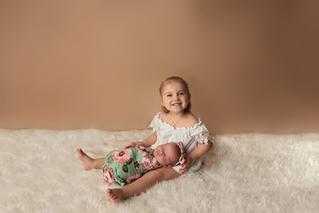 Gifford Newborn-5.png