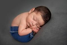 Duenas Newborn-22.png