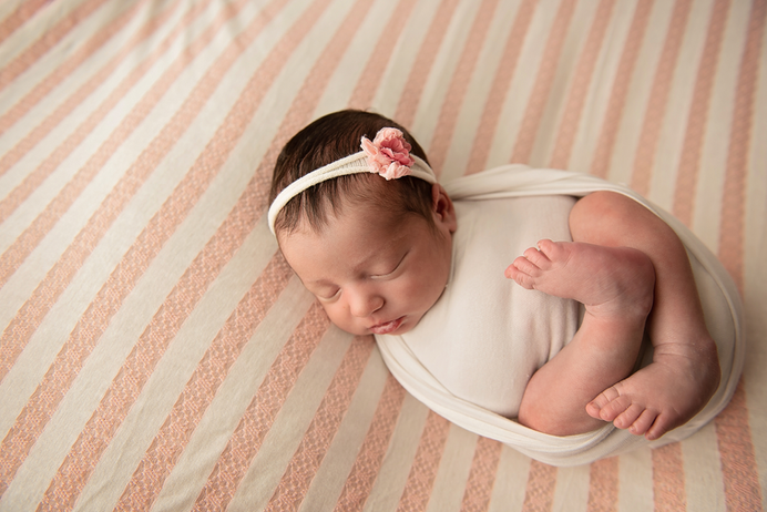 Xiomara Newborn-29.png