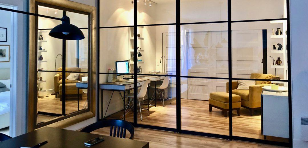 transparent-glass-sliding-doors-with-mat