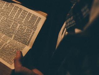 ¿QUÉ VERSIÓN DE LA BIBLIA DEBO LEER?