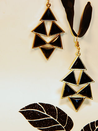 Black Facted Triangle