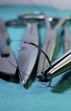 surgery-1662204_1920_edited.jpg