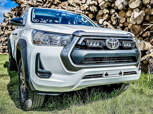 TOYOTA HILUX (2021+) GRILLE KIT