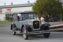 True vintage car in Napier for hire and tours