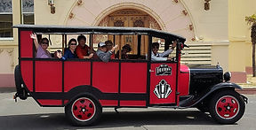 Art Deco Vintage bus tours of Napier, New Zealand