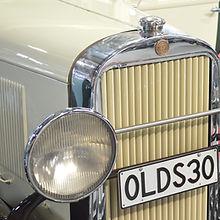 Front end of antique oldsmobile