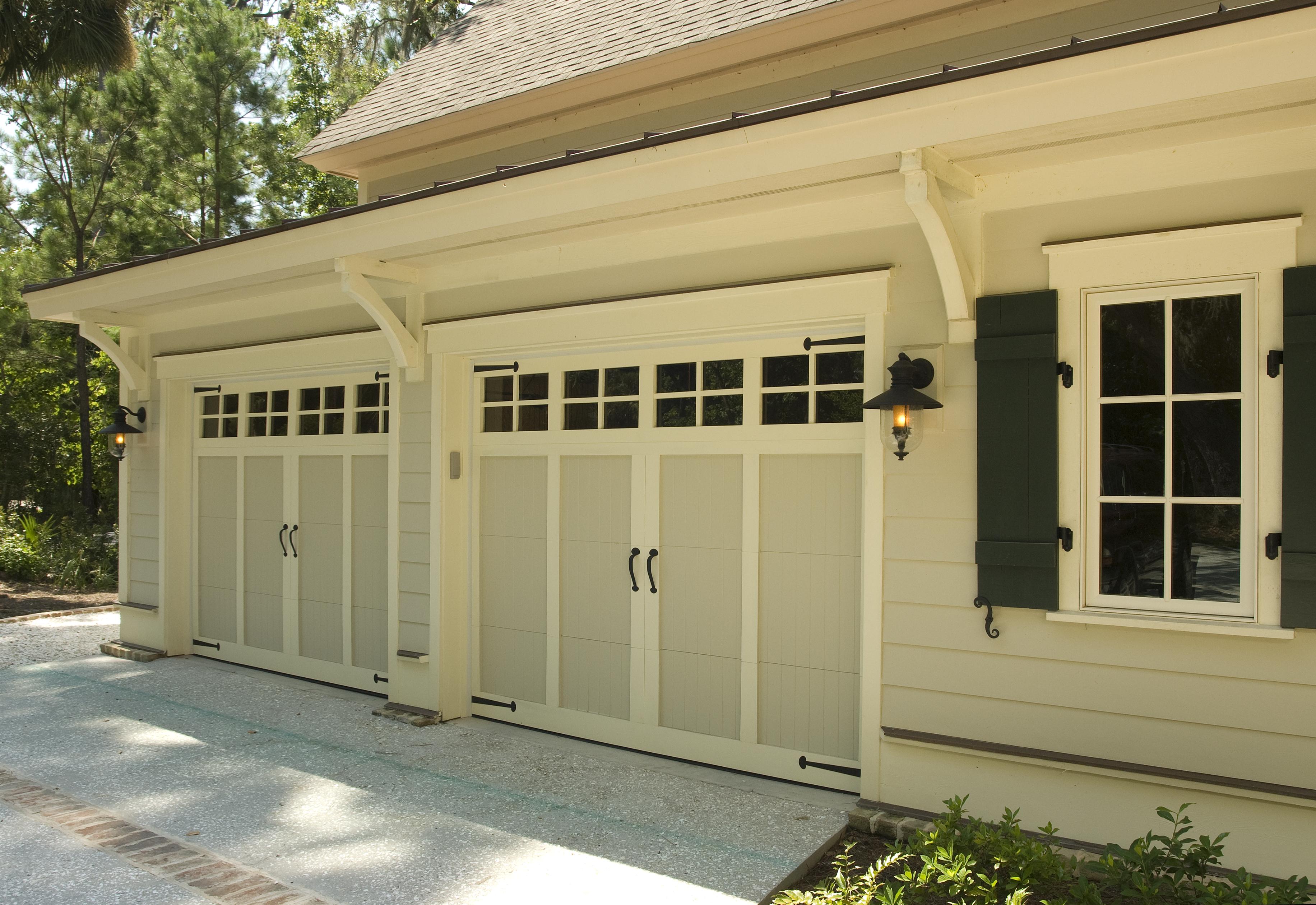 Levy-Garage