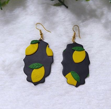 Portrait Lemon Danglings