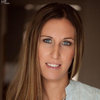 Portrait Nadine Wenger.jpg