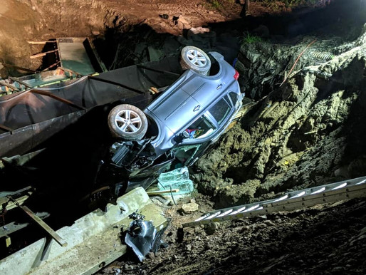 Vehicle crashes through construction barricades in Webster