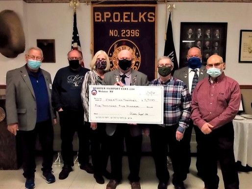 Elks make generous donation to local food pantries