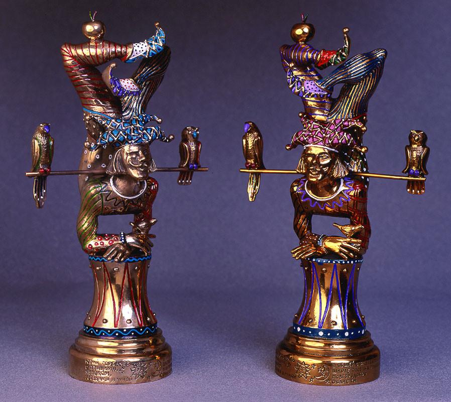 107 н-17 bronz,enamek 2001.jpg