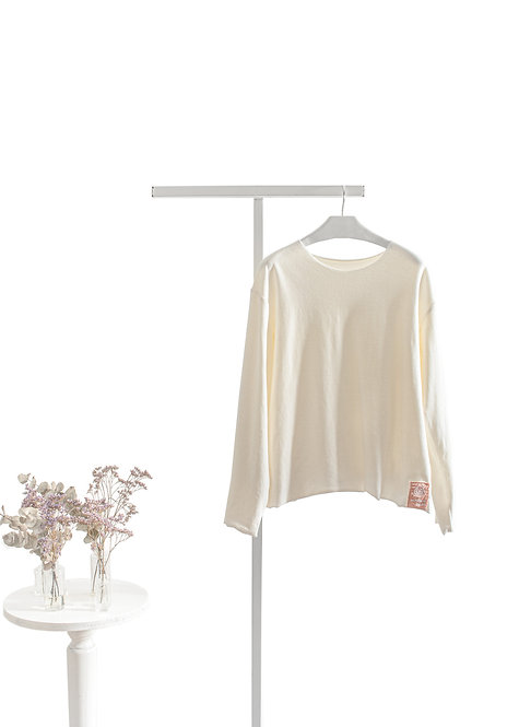 White cream Yoga jumper