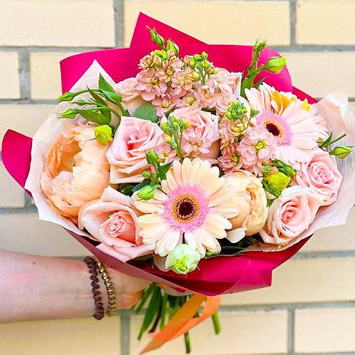 Купить букет Бунинские луга|Доставка цветов Бунинские луга|Цветы в Бутово|купить цветы с доставкой Москва Битца