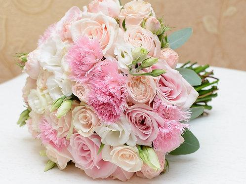 Букет роз с гвоздиками №112