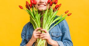 Фотосъемка с цветами. Как правильно фотографироваться с цветочными композициями.