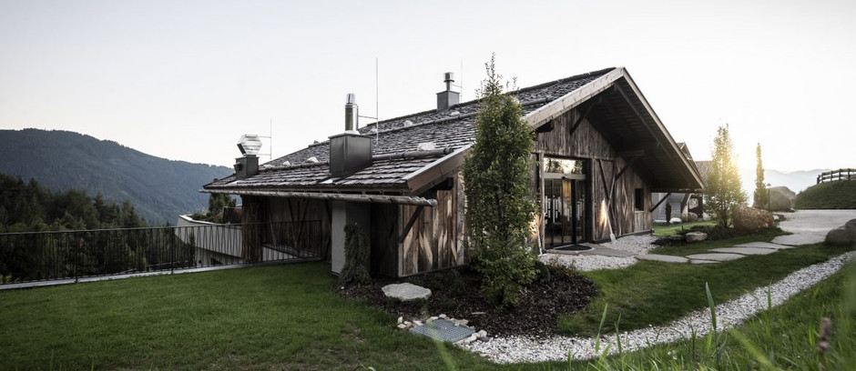 Gfell: A hotel under the barn