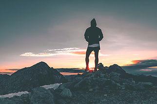 hiker-1082297_1920_edited.jpg