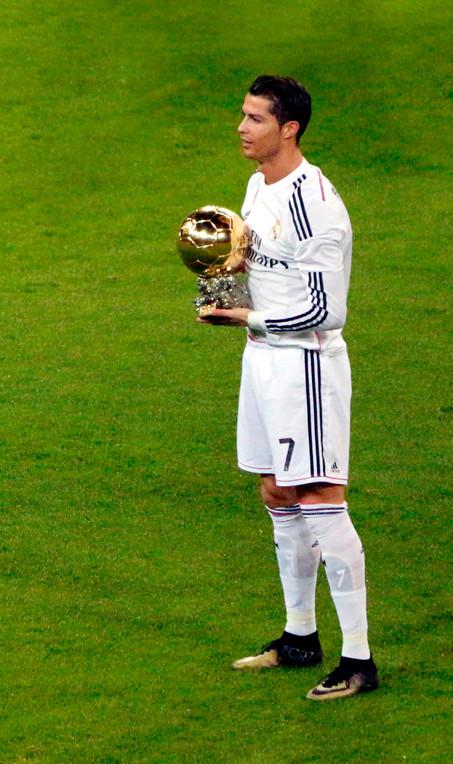 El Camp Nou se quedó blanco (1-2) Ronaldo firmó el tanto del triunfo.