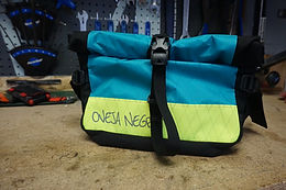 Oveja Negra Royale Hip Pack