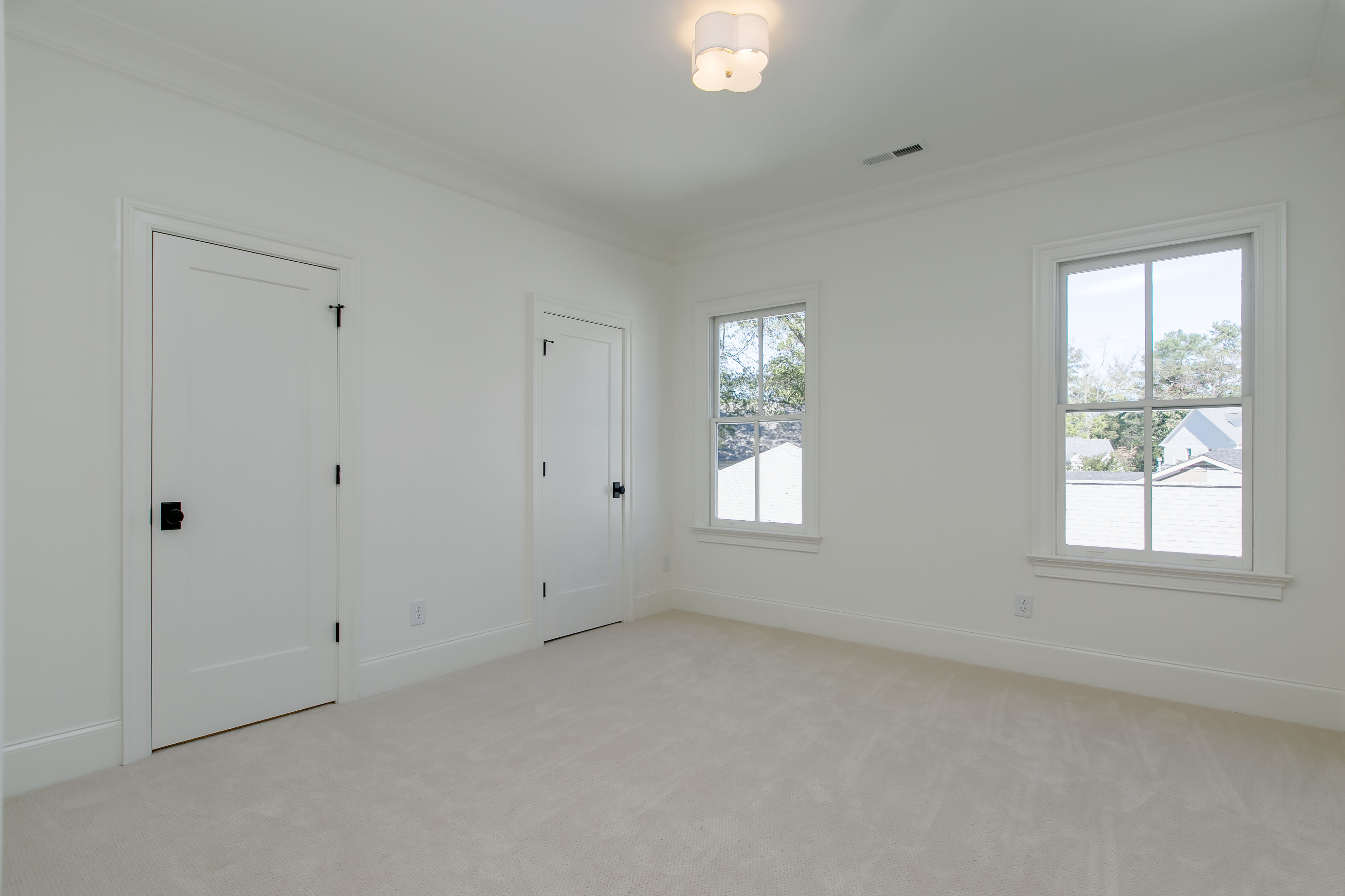 3513 Bellevue Rd