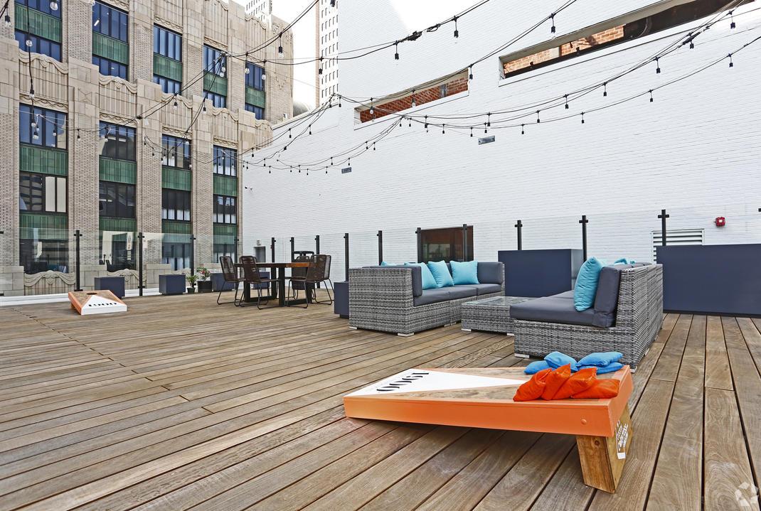 Rooftop Pool Deck