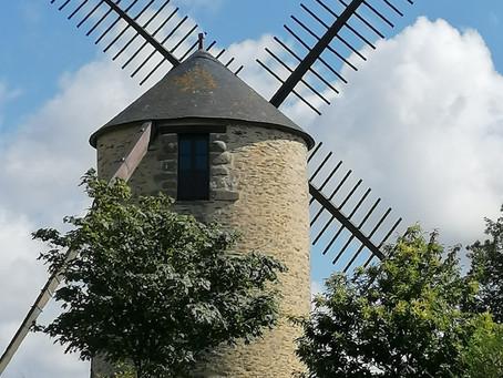la Vallée des Moulins de St Jacut/Pins et le village pittoresque de Rochefort-en-Terre en Morbihan
