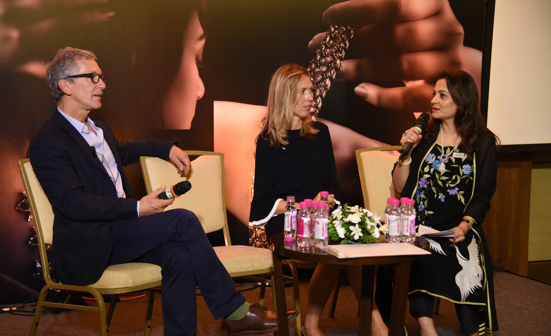 Francesca Cartier-Brickell, great-granddaughter of Jacques Cartier, and John Zubrzycki, Australian writer, journalist and researcher, in a Q&A session moderated by Minal Vazirani, co-founder and President of Saffronart.