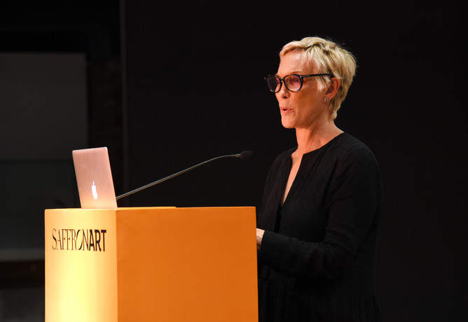 Lisa Hubbard, international jewellery specialist, spoke about the art of collecting jewellery, and famous collections in history.