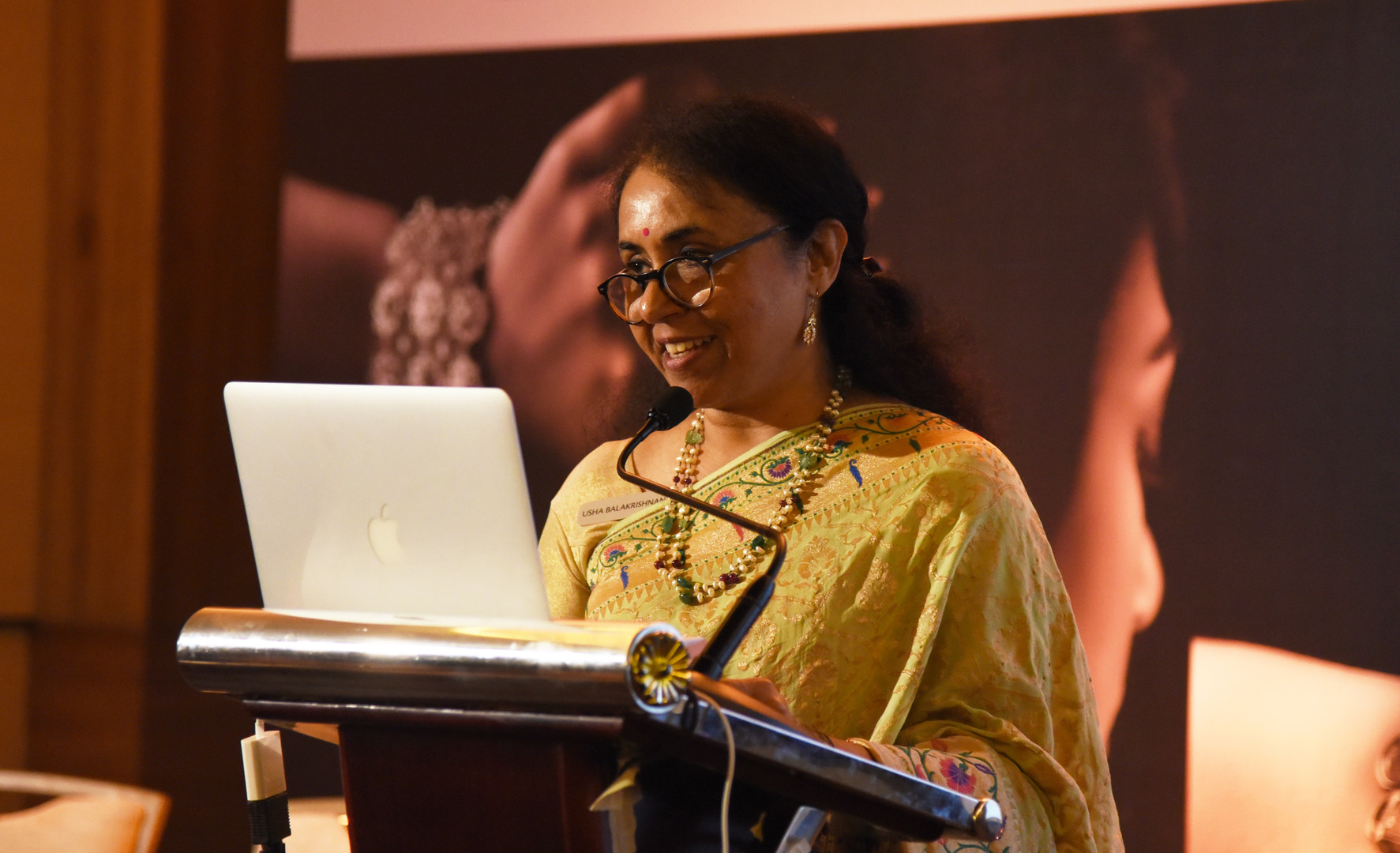Conference curator, author and renowned jewellery historian Dr. Usha Balakrishnan chronicled the exemplars of Indian jewellery.