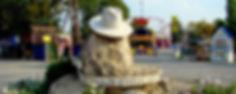 Памятник шляпе в Анапе