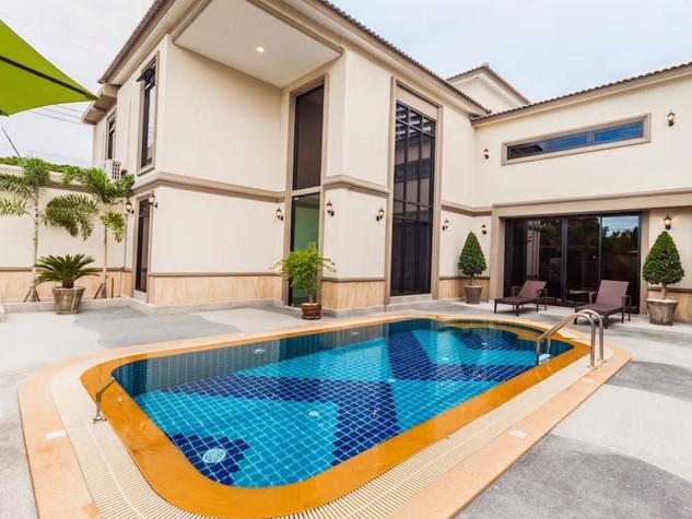 탑 풀빌라 파타야(Top Pool Villa Pattaya)