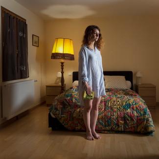 La fille à la robe de chambre